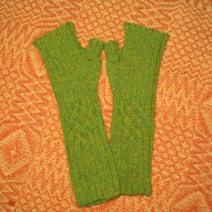 Cabled Mitts (Stulpen)