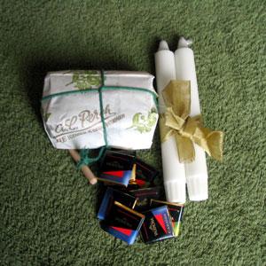 Candles, chocolate and tea